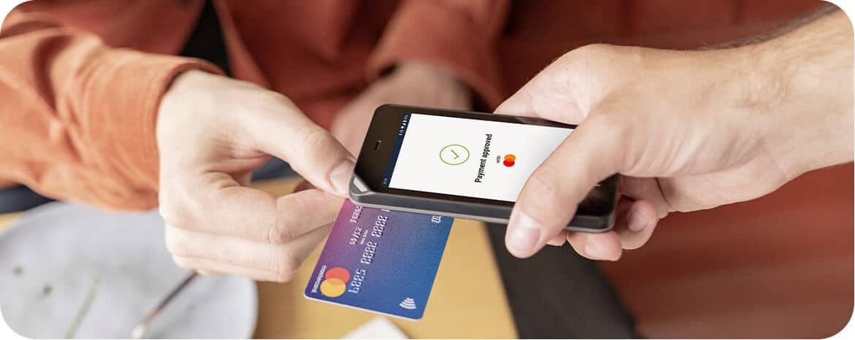 Acceptez les paiements avec le terminal mobile FX105